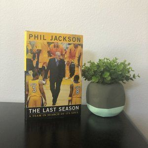 Other - Los Angeles Lakers Phil Jackson Hardcover Book